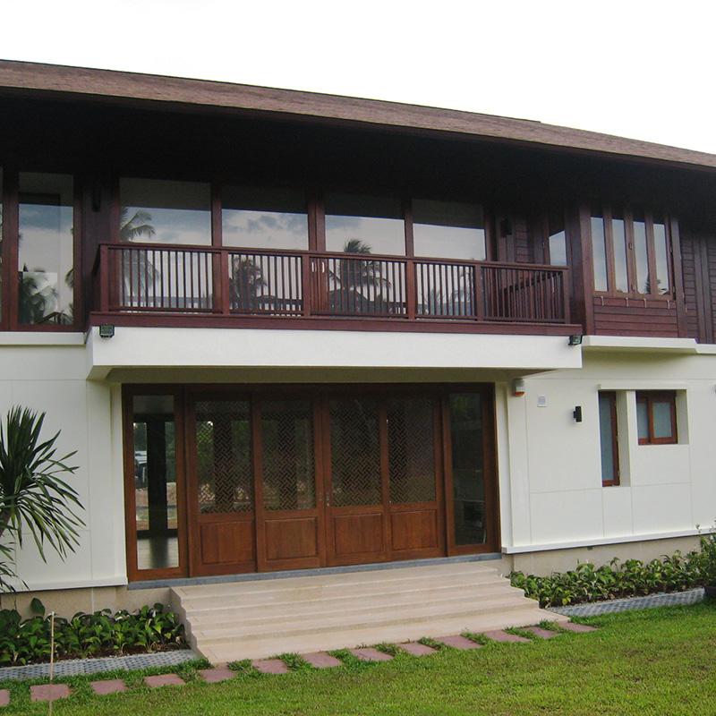 Khun-Supawan'-s-Residences