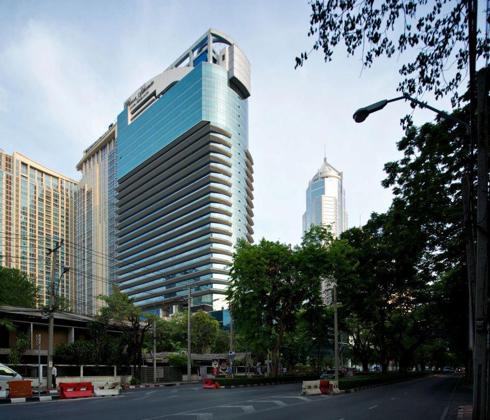 c e s plaza athenee bangkok a royal meridien hotel. Black Bedroom Furniture Sets. Home Design Ideas