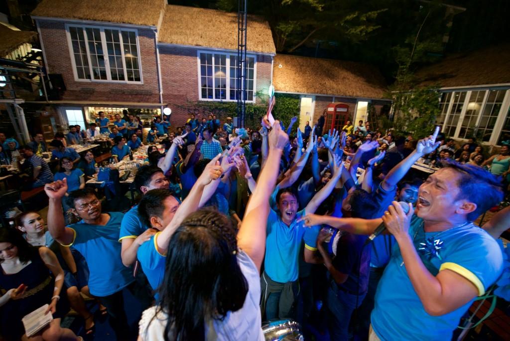 ces blue sky party 03